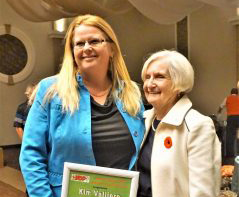 Valliere receives Davidson Labour Award